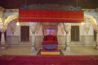 ビカネール前編、インド・タール砂漠にあるオアシス都市へ。知られざる絢爛豪華な城に遭遇!