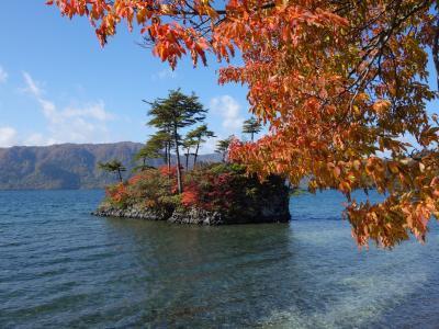 十和田湖では「乙女」に会いに行く。台座が新しくなったようです。