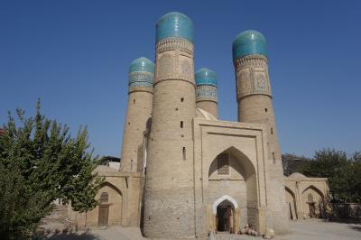 青の都、ウズベキスタン2