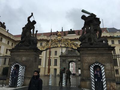 プラハ 街歩き♪ (5)プラハ城見学~帰国