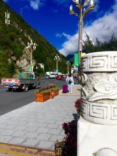 東チベットの男二人旅 Day2(成都⇒康定)