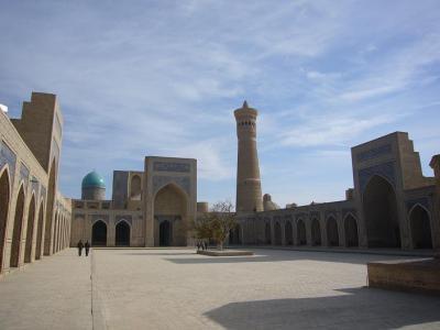 ウズベキスタン10日間の旅(3) ブハラ