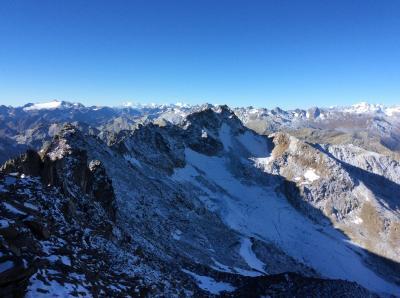 中央スイス、3000m峰からの絶景