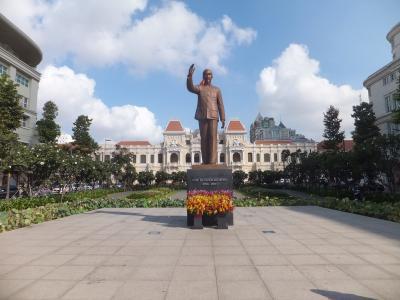 2016 ACL遠征でベトナムへ【その3】ホーチミン街歩き(1)ホーチミン像と中央郵便局周辺