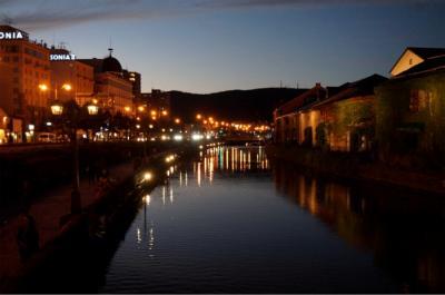 一番早い紅葉を見に北海道へ  3日目後半 小樽の夕べ 運河のレトロタウンを散策