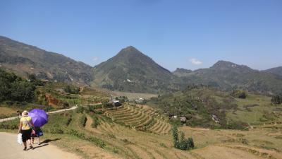 山岳地方サパに挑戦 その6 タフィン村への道は心躍る道