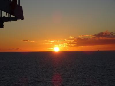 神秘のオーロラを求めて 秋の北欧へ ②バルト海に沈む夕陽