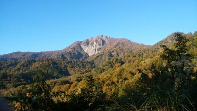 リベンジ雨飾山のはずが~ 今年はちょっと色付きが遅い感じの2016雨飾山登山記