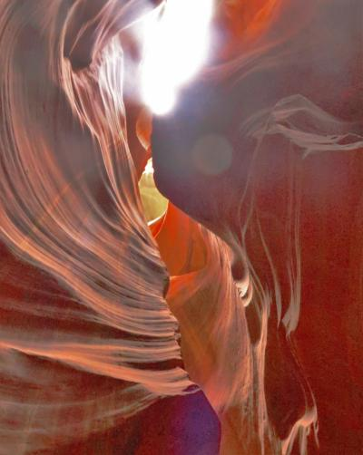 アメリカ西部28 アンテロープ・スロットキャニオン;3/4(往路後部) ☆ナバホ聖地は女性ガイドに導かれ