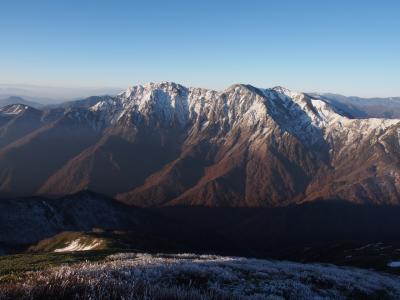 冬が山から降り始めてきた / 谷川馬蹄形縦走