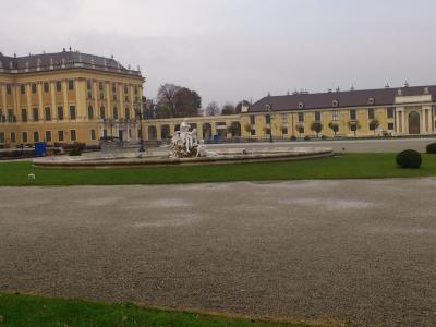 ウィーン郊外のシェーンブルク宮殿