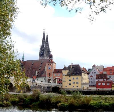 団塊夫婦のヨーロッパ紅葉を巡る旅2016:(11)列車でドナウ川沿いの古都・レーゲンスブルクへ