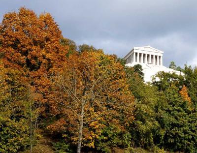 団塊夫婦のヨーロッパ紅葉を巡る旅2016:(12)ドナウ川河畔を望むヴァルハラ神殿・解放記念堂・ヴェルテンブルグ修道院を巡る