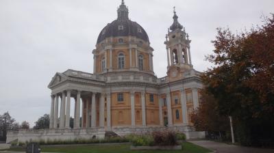 北イタリアの珠玉の街々(11) トリノ スペルガ聖堂の見学。