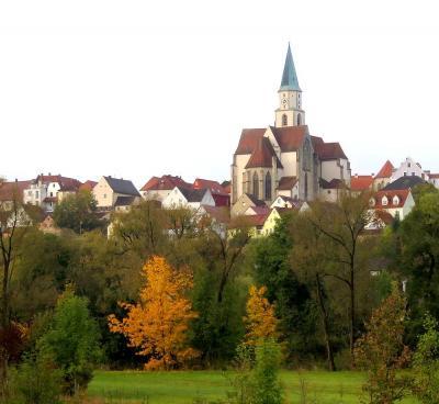 団塊夫婦のヨーロッパ紅葉を巡る旅2016:(13)チェコ国境近くで出会ったかわいい町・ナプブルグ