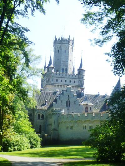 ドイツの春・北方二州を巡る:19ハノーファー王ゲオルク5世と王妃マリーの夢の城
