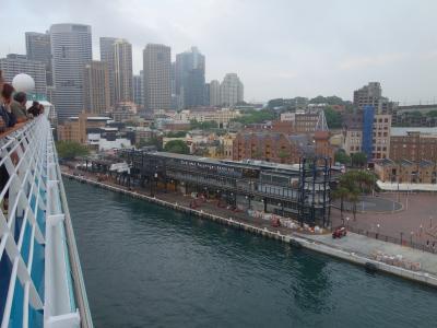 Explorer of the Seas はシドニーに早朝帰還。9日間のクルーズの大団円です。