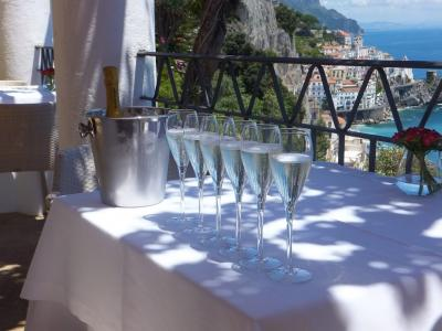 イタリア 初めての海外ウェデイング(出席)はアマルフィで 幸せいっぱいの友人を見ながら自分の人生を考え直した旅【4】
