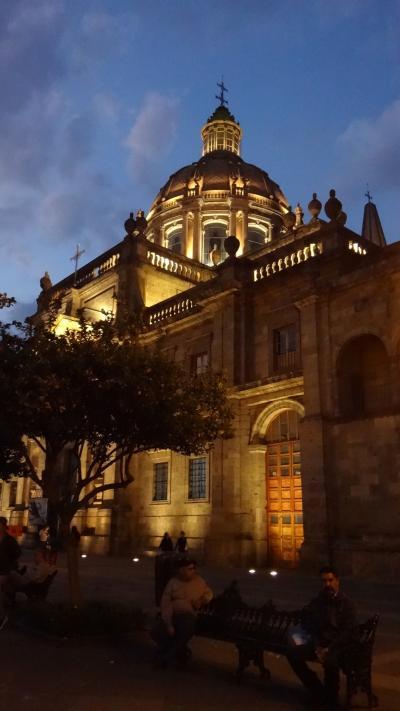 メキシコ ・中南米の治安情報 (熟女の世界一周航空券の旅 秋の部 (18) グアダラハラ)