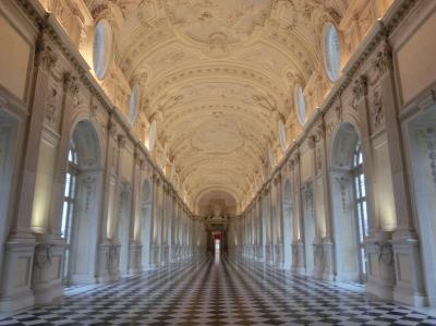 イタリア弾丸旅行(その①):瞬時に私の心を奪った『ヴェナリア宮殿』。ええっ、こんなに美しい宮殿が狩猟用の館だったの?