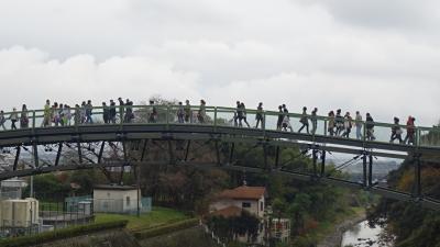 佐賀・福岡の紅葉の名所へ(07) 観光後、集合場所の仁比山公園へ。