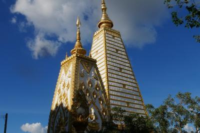 ラオスの行き帰りにタイのウボンラチャタニーで、ちょとだけ観光してみる…