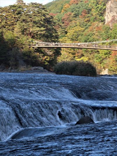 群馬12 吹割の滝・吹割渓谷 水流激しい景勝地 ☆溶結凝灰岩が侵食され