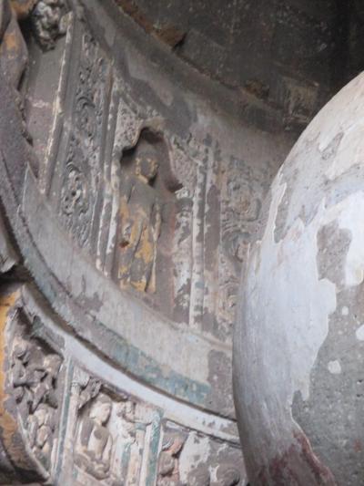 南西インドの旅 (4)                   アジャンターの遺跡を観る。