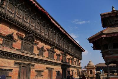 感動!ポロポロ 涙がとまりません、ネパールカトマンズへの旅 その2 バクタプルでちょいと観光 どぶろくで酔っぱらう