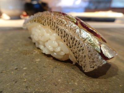 菊鮨 福岡県春日市 あまた多くの鮨屋のなかでも稀有なワンダーランド  他人の評価に全く惑わされない鮨好きがここに何度も通う2、3の事情