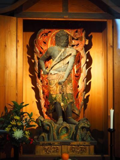 滋賀県の苗村神社では、お不動さまの正月公開が