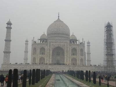 初インドバラナシで年越しと霧のタージマハル