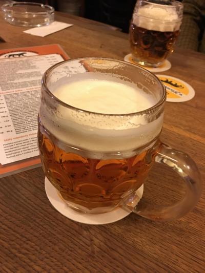 てくてくプラハ、秋の旅⑤ 黄金の虎。世界一のビールを飲みに行くぞの巻。