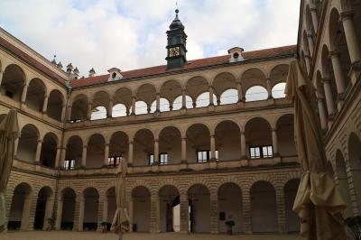チェコの世界遺産をぐるっと車で巡る旅 その3 リトミシェル城
