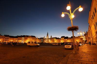 チェコの世界遺産をぐるっと車で巡る旅 その10(終) チェスケー・ブディヨヴィチェ、そしてフロボカー城