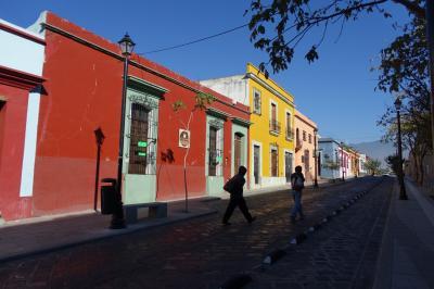 2017新春のメキシコ その1~碁盤目の石畳の街、オアハカ