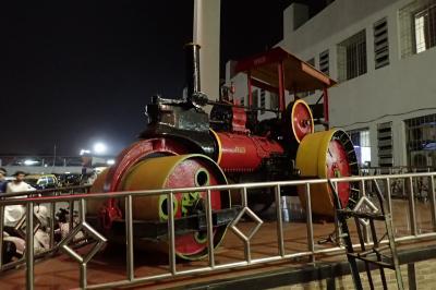 夜のムンバイ近郊列車途中下車の旅