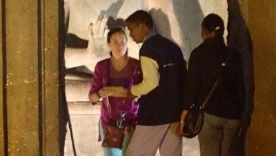 アジャンタ石窟のインド人の経済活動がヒドすぎる件( ゚Д゚)