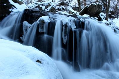 ◆大寒氷雪の山鶏滝渓谷