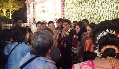 インド婚約披露宴潜入記