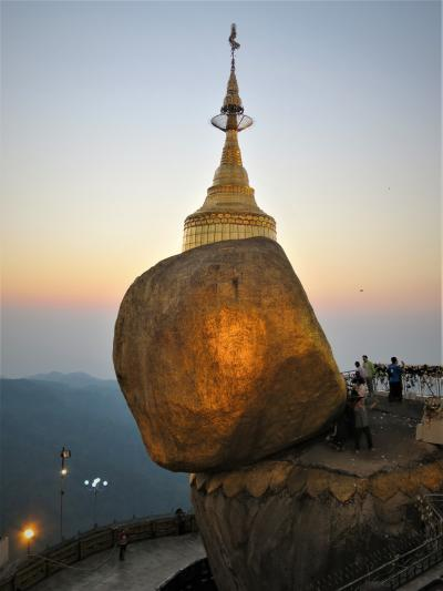 心も資源も豊かな国 ミャンマー ①ゴールデンロックの夕景☆