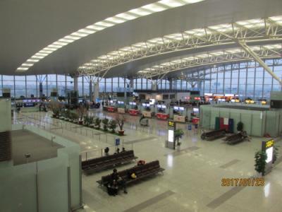 ハノイ(河内)のノイバイ(内排)空港
