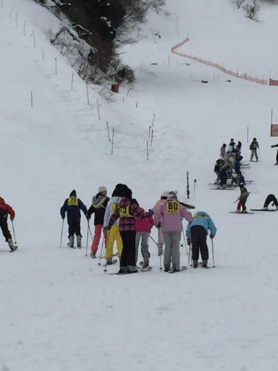 学校スキーの外部ボランティア