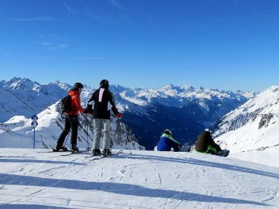 団塊夫婦のスキー&絶景の旅・2017:(1)初日は快晴のザンクト・アントンへ