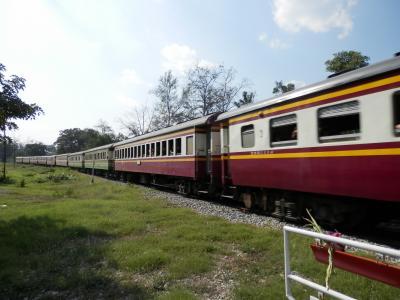 カンチャナブリから列車でバンコックへ