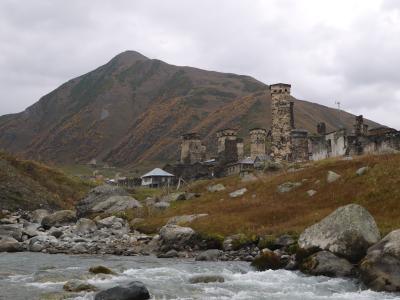 今がいきどき??! コーカサス3国  アゼルバイジャン・ジョージア・アルメニアを駆け抜ける旅 ジョージア旅のハイライト・塔の建つ村「ウシュグリ村」へ編