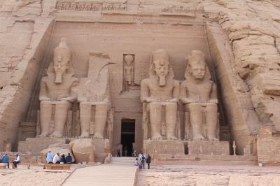 エジプト・ナイル川クルーズ(アブシンベル宮殿観光)