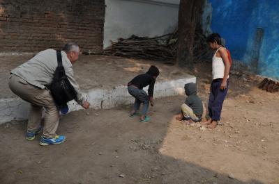 インドへGO!!⑤-2 三匹のおっさん カジュラホ村探検