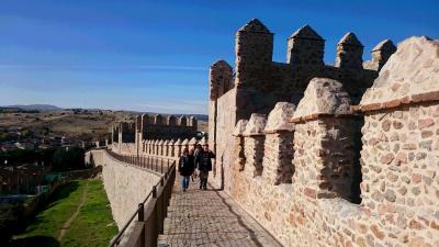 城壁の街 Avila アビラ / 城壁を ゆったり歩くことで 街を包み込んで見られた気がした