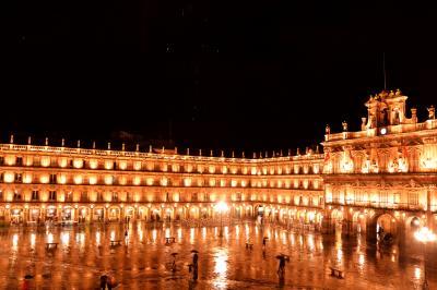 サラマンカのマヨール広場は スペインで一番美しい♪って?・・・どれ?どれ?